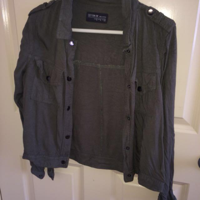 Khaki thin jacket