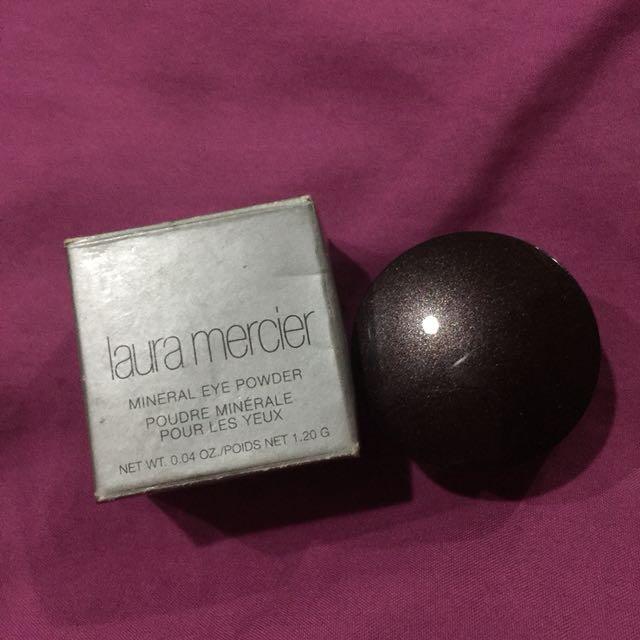 Laura Mercier Mineral Eye Powder