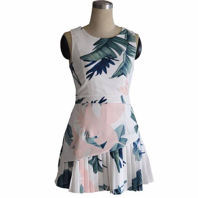 Leaves dress