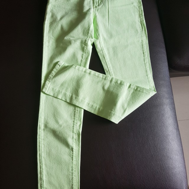 Lot of 3 colored jeans