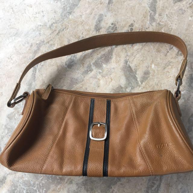 Manels Faux Leather Purse