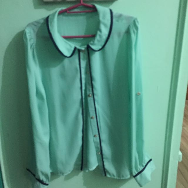 Mint Green Button Down Long Sleeves Blouse