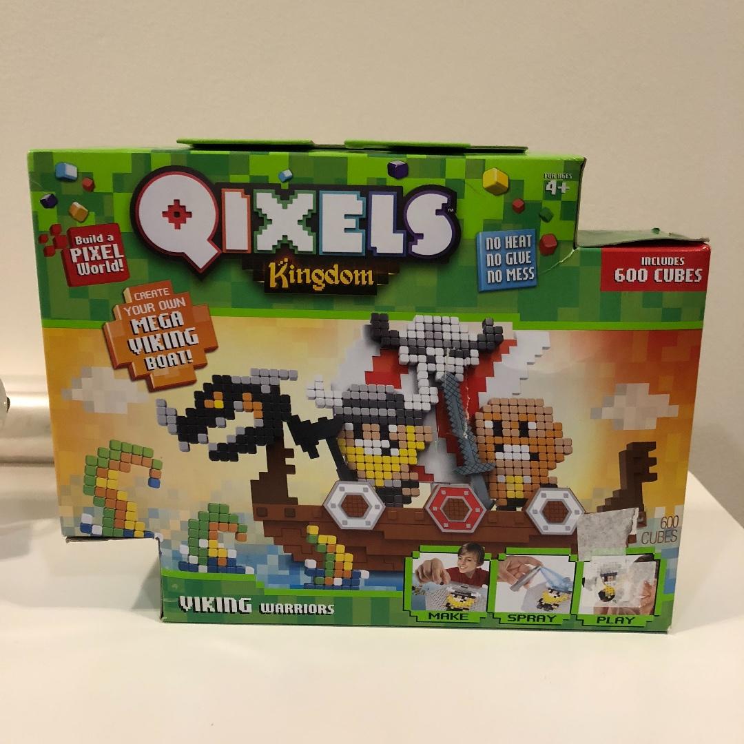 Moose Qixels S3 Kingdom 600 Cubes - Viking Warriors