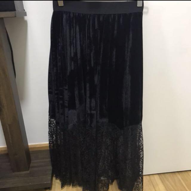 NEW Black Velvet Lace Pleated Skirt