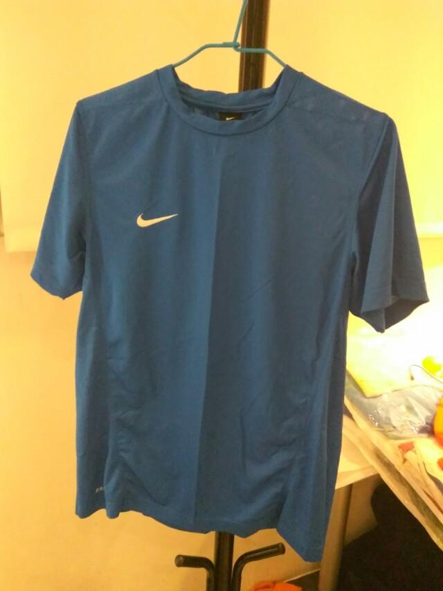 男Nike 運動排汗衫