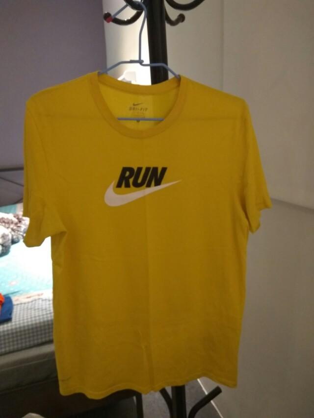 Nike 短 T