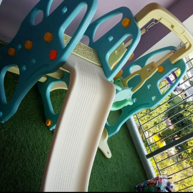 Offer your price! Bundle Playground Set, Table & Chairs Set, Double Easel