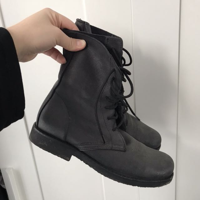 Roots tribe boots
