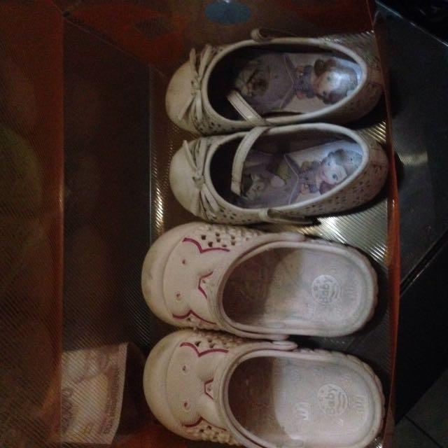 Sendal/sepatu