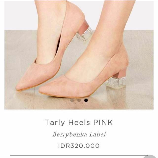 Sepatu heels kaca