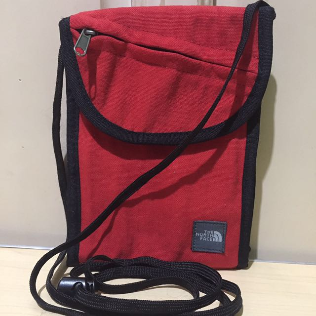 The North Face Travel Wallet/crossbody bag