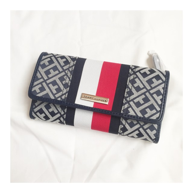 Tommy Hilfiger Checkbook Wallet