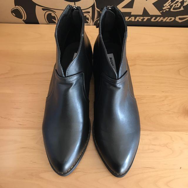 正韓v口粗跟靴-只有試穿