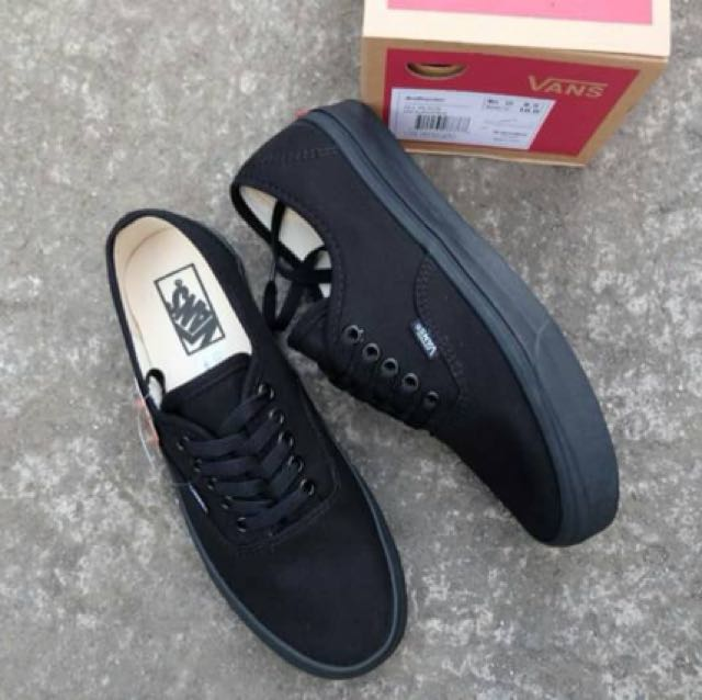 d442165481aac5 vans authentic all black