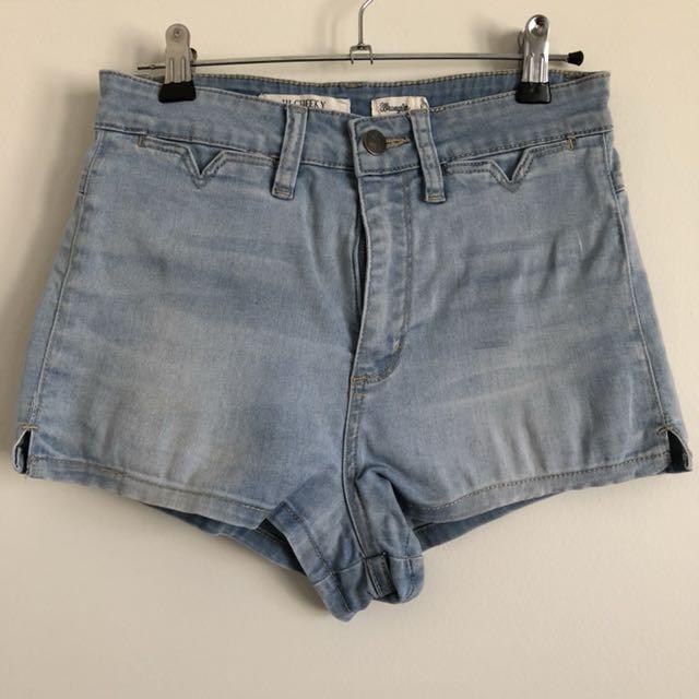 Wrangler Hi Cheeky Denim Shorts S8