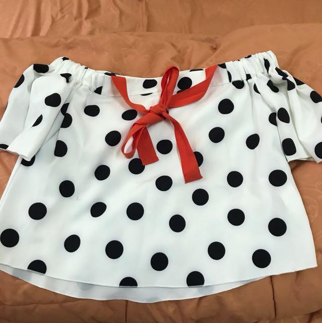 Zara clotch