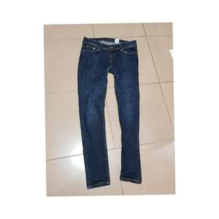 H&M Super Skinny Jeans Sized 30