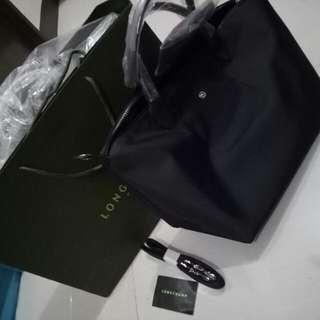 Longchamp Neo Black (Medium)