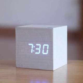 木製LED鐘