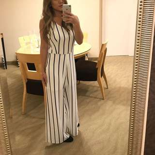 Mod Ref | white striped jumpsuit