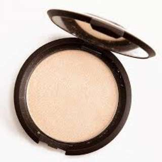 Becca Shimmering Skin Perfector Pressed In Moonstone