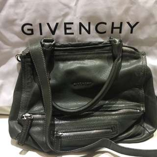 Givenchy pandora medium deep green