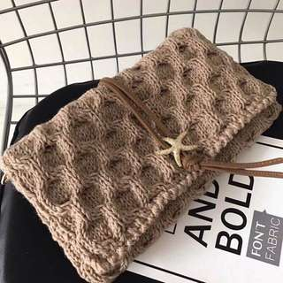 Knitted clutch by LYLLOU PARIS