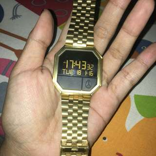 Nixon re-run gold