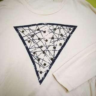 卯丁三角幾何圖案飛鼠袖薄長T