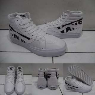 Sepatu Kets Sneakers Vans SK8High Leather Kulit Vans Logo White Black Putih Hitam