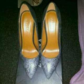 Sepatu heels 10cm merk Zalora Size 37 sampai kaki size 38cm