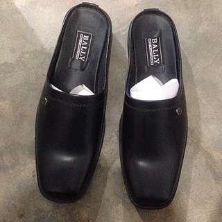 Sepatu slip on Bally premium