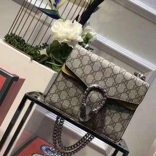 Gucci, Dionysus GG Supreme Mini Bag Yellow