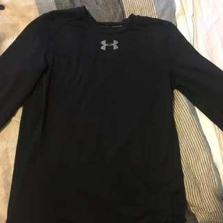 Underamour sport shirt