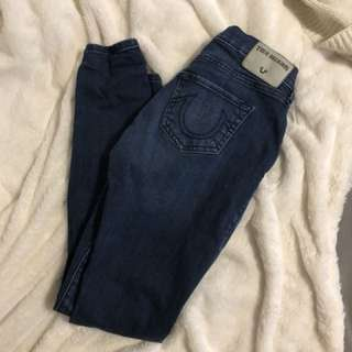 True religion ripped knee jean