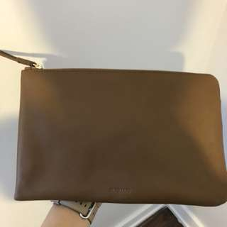 ARITZIA AUXILARY LEATHER POUCH