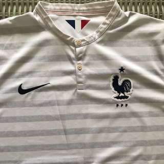 🎉reduced🎉 Nike 💯% Authentic white France away jersey for SGD$35 (size M)