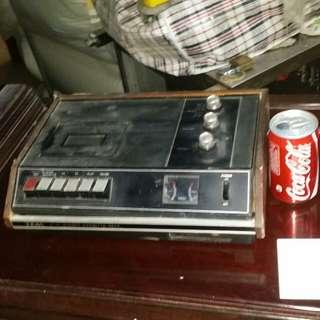 古董Teac收音錄音機,日本製造。線已被剪,宜作古董收藏、擺設、或研究用,屯門交收
