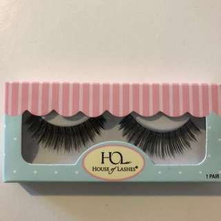 HOUSE OF LASHES BOMBSHELL -1 Pair