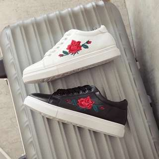 READY STOCK🎉Rose Sneaker