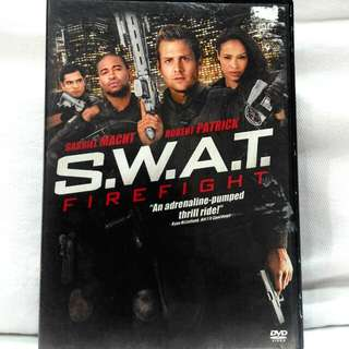 SWAT FIREFIGHT (Gabriel Macht)