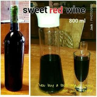 SWEET RED WINE
