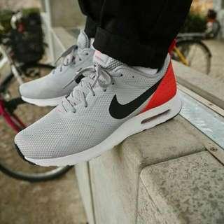 Sepatu Nike Air Max Tavas Original Bnib
