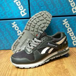 Reebok lokal super size label made in Vietnam size :39-43