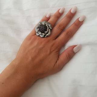 Forever 21 Dark Silver Flower Ring