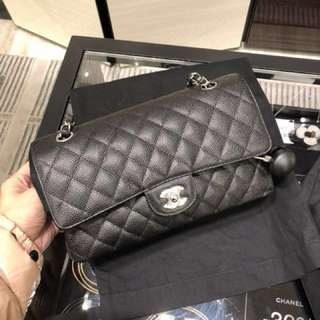 Chanel classic flap medium 黑色 荔枝皮 金扣