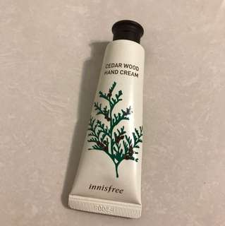 Innisfree hand cream cedar wood