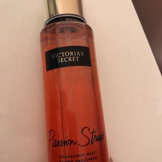 Victoria secret passion struck spray