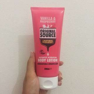 Original Source Body Lotion - Vanilla Raspberry 200ml