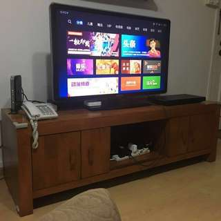 Philips 42 HD LCD  with TV console and DVD Player